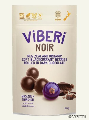 NOiR 58% Organic Dark Chocolate Rolled Blackcurrants 90g